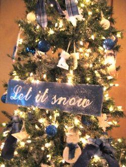 Snowflake snowman christmas tree