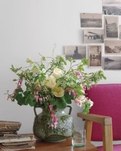 Martha Steward- Natural Indoor Flower Arrangements
