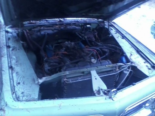 1964 Chrysler Imperial engine compartment