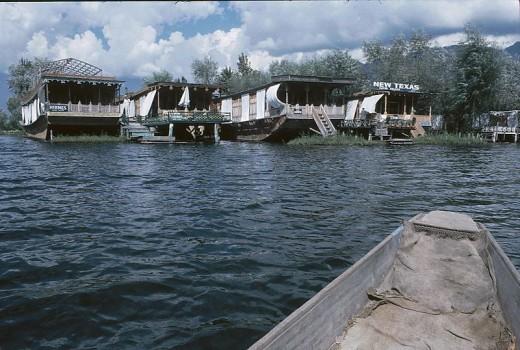 Srinagar Photos- Srinagar Houseboats