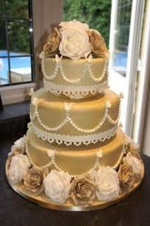 3tier golden cake for 50th marriage anniversary