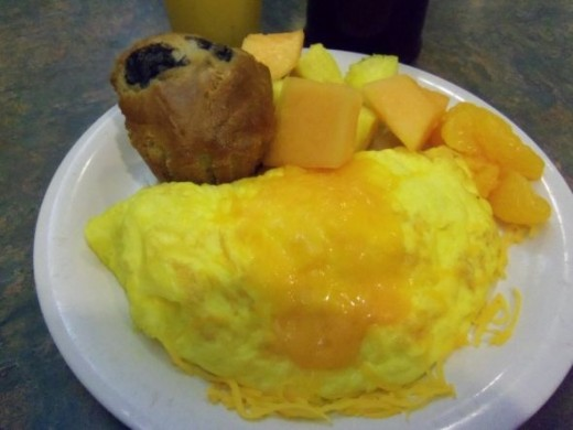Photo by favored1 of Cheese and Green Pepper Omelet Combo