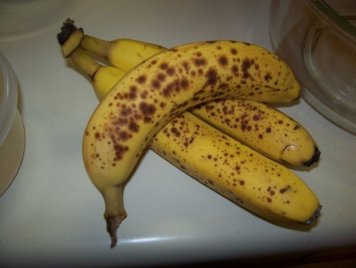 Three ripe bananas.