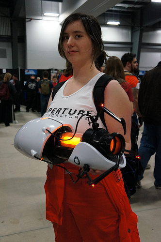 Hand Held Portal Gun