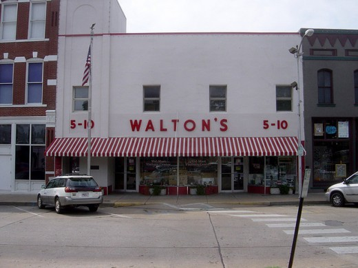 The first Walmart store