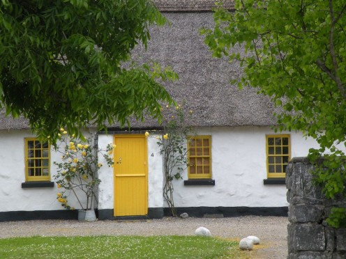Traditional cottage in County Kerry, Ireland