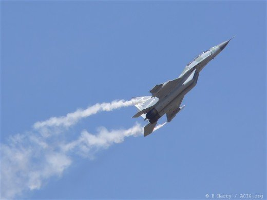 Is Sukhoi's minimum turn radius zero