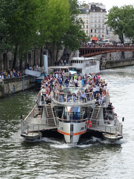 Everything is very crowded in Paris in the summer tourist season