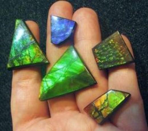Unique Ammolite Gemstones for Jewellery