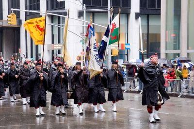 Rainy Tartan Day Parade by dustin