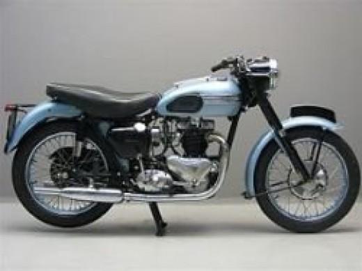 Triumph T 110 650 cc - 1954