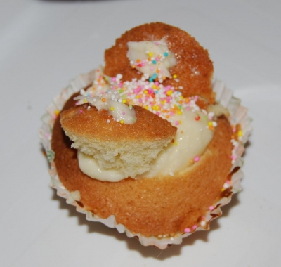 easy recipie - kids baking - fairy cakes