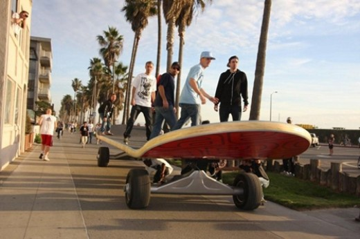 Rob Riding His World's Largest Skateboard In Venice, CA.