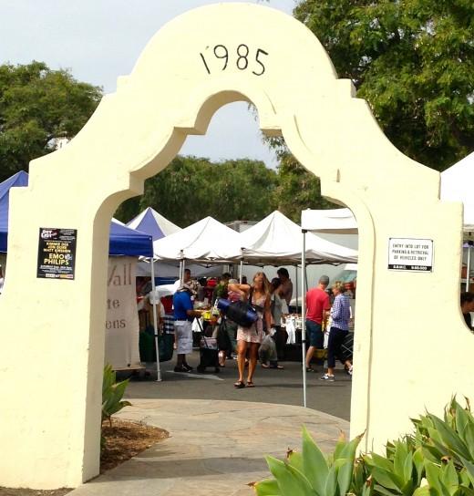 The entrance of the Santa Barbara Farmer's Market.