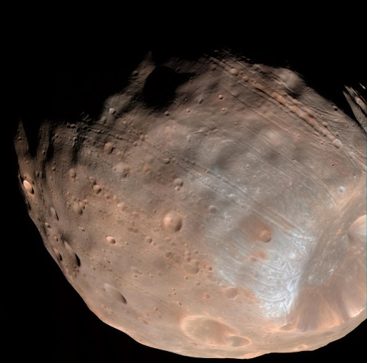 The High Resolution Imaging Science Experiment (HiRISE) camera on NASA's Mars Reconnaissance Orbiter took this image of Phobos on March 23, 2008.