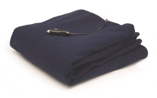 Roadpro 12-Volt 100% Polar Fleece Heated Travel Blanket