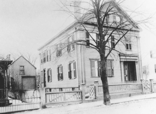 Here in this photo is how the Lizzie Borden House looked when the murders took place in 1892.