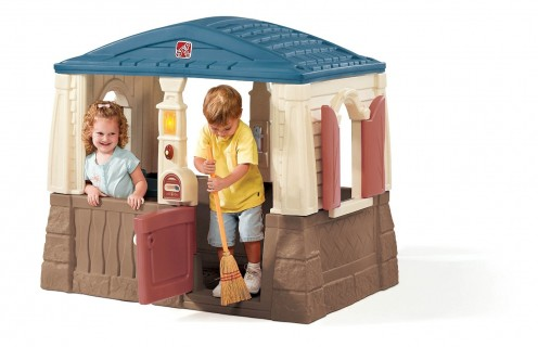 Cheaper than most playhouses with a built-in floor, this will definitely give your kids lots of fun!