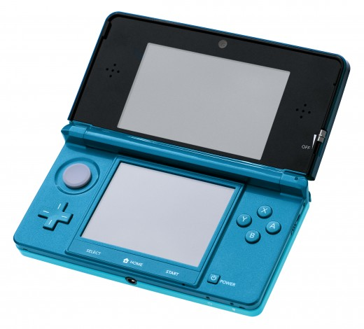 An original aqua-blue 3DS model