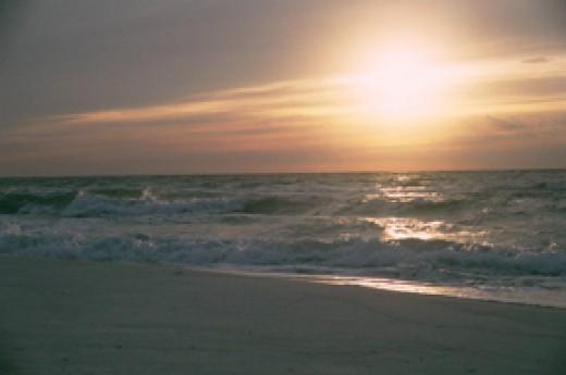 Pensacola Beach sunrise  (Source: Cheryl Rogers)