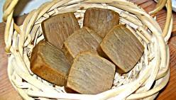Honey Scented Bee Tree Soap Recipe for Homemade Lye Soap