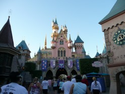 5 Best Kept Disneyland Secrets - Best Spots To See At Disneyland
