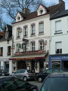 Ecu de France, Montreuil sur Mer - Traditional Small French Hotel