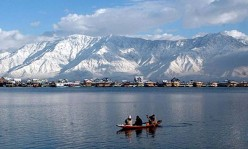 Amazing Beauty of Dal Lake Kashmir