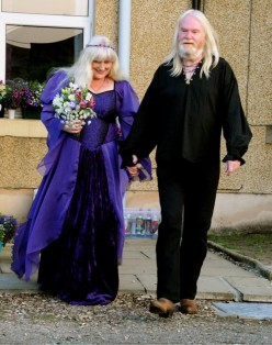 How to Plan and Organise a Handfasting Pagan Wedding
