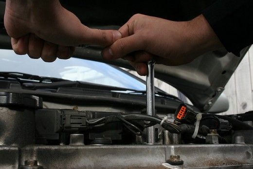 Changing spark plugs right should not be difficult.