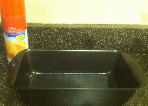 Grease a 9-by5-inch loaf pan with non-stick cooking spray.