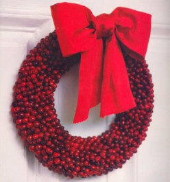 Make A Holiday Cranberry Wreath