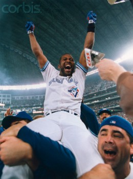 Toronto Bluejays outfielder Joe Carter