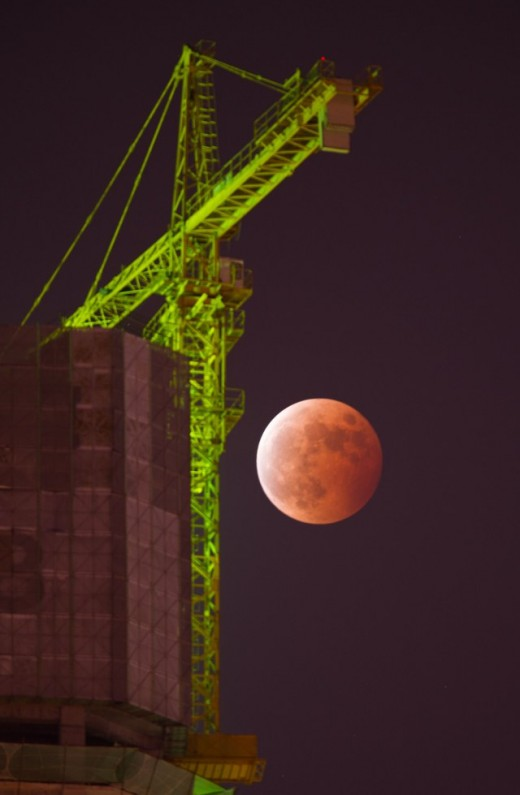 Blood Moon October 08 2014 above Hefei, Anhui Province. Photo: © Rex features