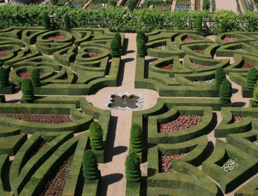 The ornamental gardens from above showing the patterns symbolising the different types of love: tender, passionate, flighty and tragic.