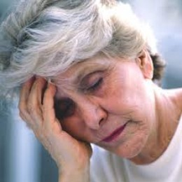 Some old people even joke about memory loss, calling it senior moments.Memory loss can range from the mild to the severe. Memory loss CAN denote an onset of dementia and/or alzheimers disease.  Alzheimer's disease can diminish one's quality of life.