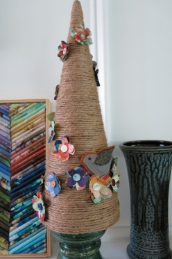 DIY Craft:  Vintage Inspired Handmade Tree with Paper Flowers - Great Idea for Wedding Decor!
