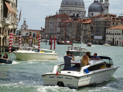 A jumble of boats in the grand canal