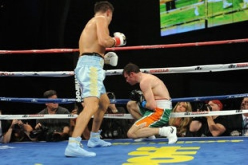 Triple G knocks out Mathew Macklin with a devastating left hook to the body.