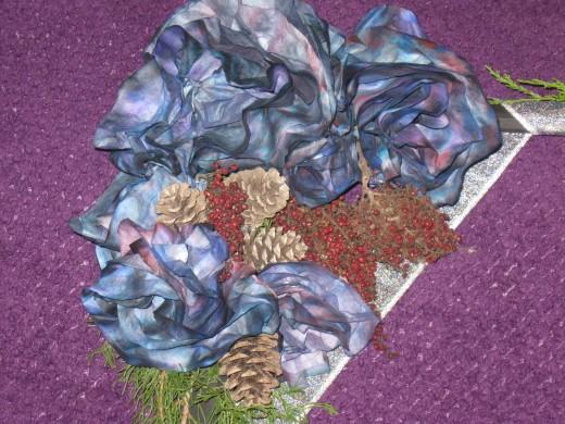 Top corner flower cluster on DIY wreath