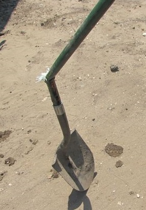 Worlds Best Shovel-Fiskars Long Handle Digging Steel Shovel
