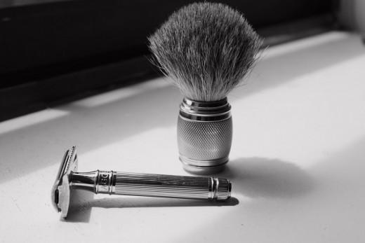 Old style shaving equipment
