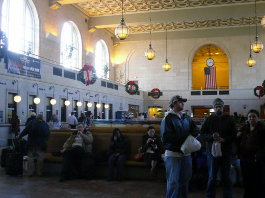 Union Station New Haven, Back Entrance Lobby