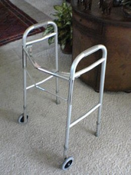 Front-wheeled walker