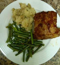 Quick and Easy Pork Back Ribs with Mashed Potato and Green Beans
