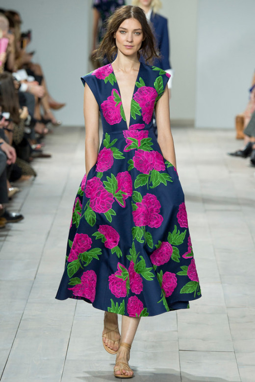 The fabulous dark blue floral dress of look 29 is a great minimalist combined, great for a date, event, and so. I would love to see it done in white as well. I think the target market of this piece of look will be more for women between 25 - 40 and I