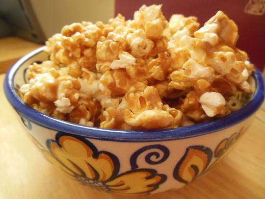 Warm and Aromatic Soft Caramel Corn