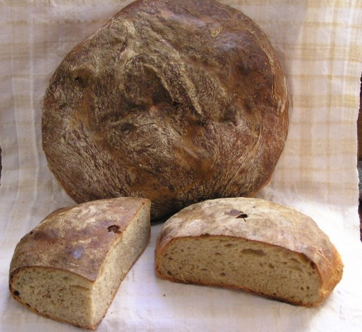 Dark potato bread made with whole wheat flour and rye.