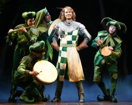 Sir Robin and his minstrels in Spamalot.