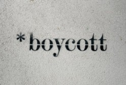 How Boycotts Provide Equilibrium
